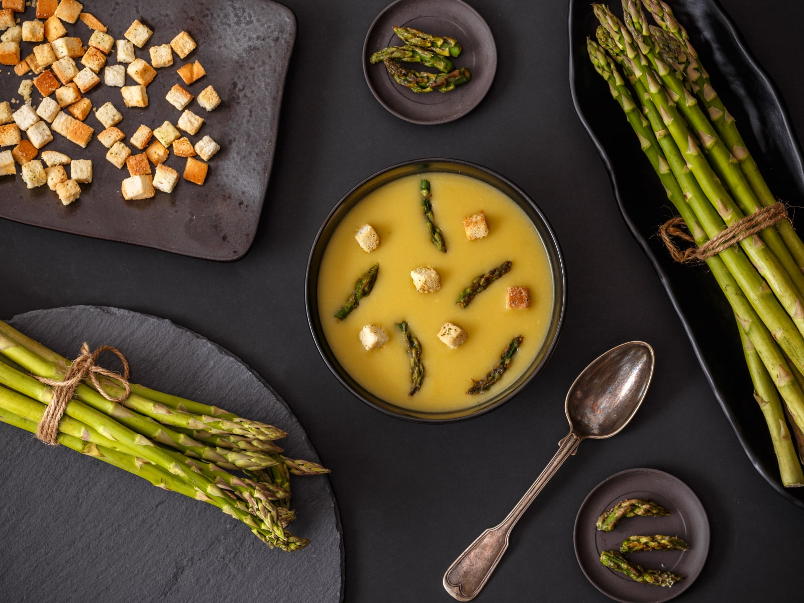 asparagus-and-soup-min